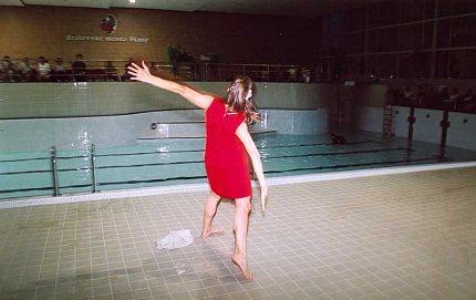 Hudba v pohybu - krytá plavecká hala ve Slaném