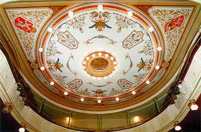 Městské divadlo Slaný (foto: www.divadloslany.kladensko.com)
