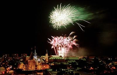 Novoroční ohňostroj (foto: Jiří Jaroch)