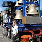 P. Manoušek představuje svoji mobilní zvonohru