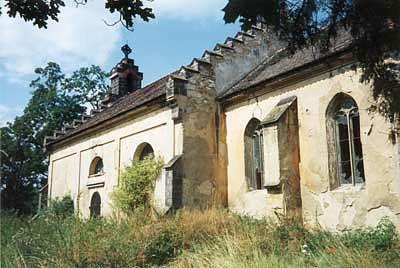 Kostel sv.Václava v Ovčárech u Slaného v roce 1997