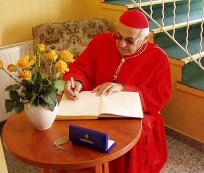Arcibiskup Miloslav Vlk