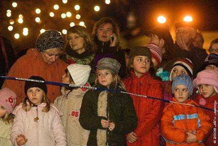 Slavnost světla - rozsvícení vánočního stromu a vánoční výzdoby města