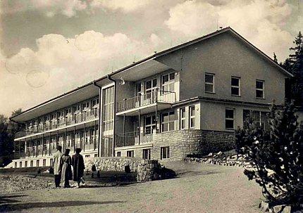 Dětskokojenecký pavilon (1959)