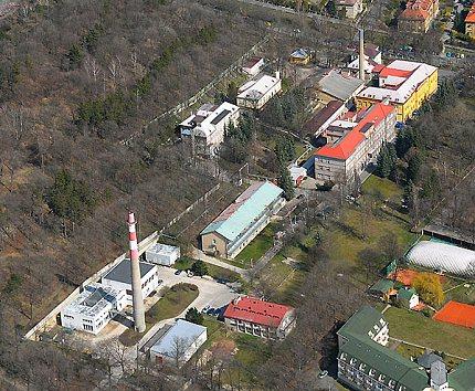 Letecký pohled na celý areál nemocnice (2008)