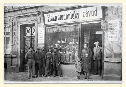 Wilsonova ulice – Elektrotechnický závod J.Provazníka v č. p. 584