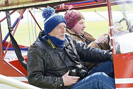 Pavel Vychodil a Ivo Horňák v kabině letounu TL 232 Condor