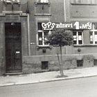 Vchod do domu čp. 781 v roce 1979 (foto archiv Václava Bečváře)