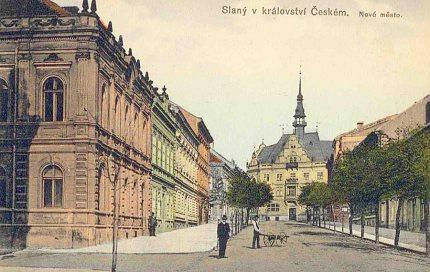 Původní drobnopisně pojatá fasáda domu čp. 585, foto kolem r. 1911