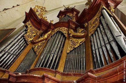 Varhany v kostele sv.Petra a Pavla v Peruci