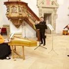 Societas Musicalis (komorní soubor pražské Lorety) Tereza Růžičková (soprán), Lucie Vocelová (zobcové flétny), Jana Hrbková (housle), Karel Chudý (violoncello), Alena Maršíková Michálková (varhany, cembalo)