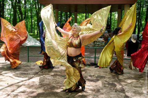 Orientální tance - taneční škola Michaely Broučkové