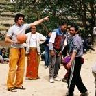 Hodina tělocviku 3800 m.n.m. , Nepál 2004