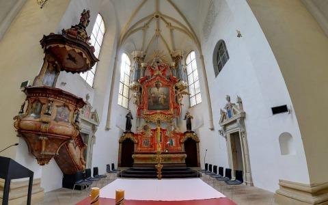 Klášterní kostel Nejsvětější Trojice s loretánskou kaplí