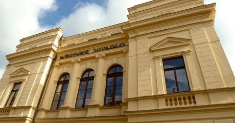 Program městského divadla 2015—2016